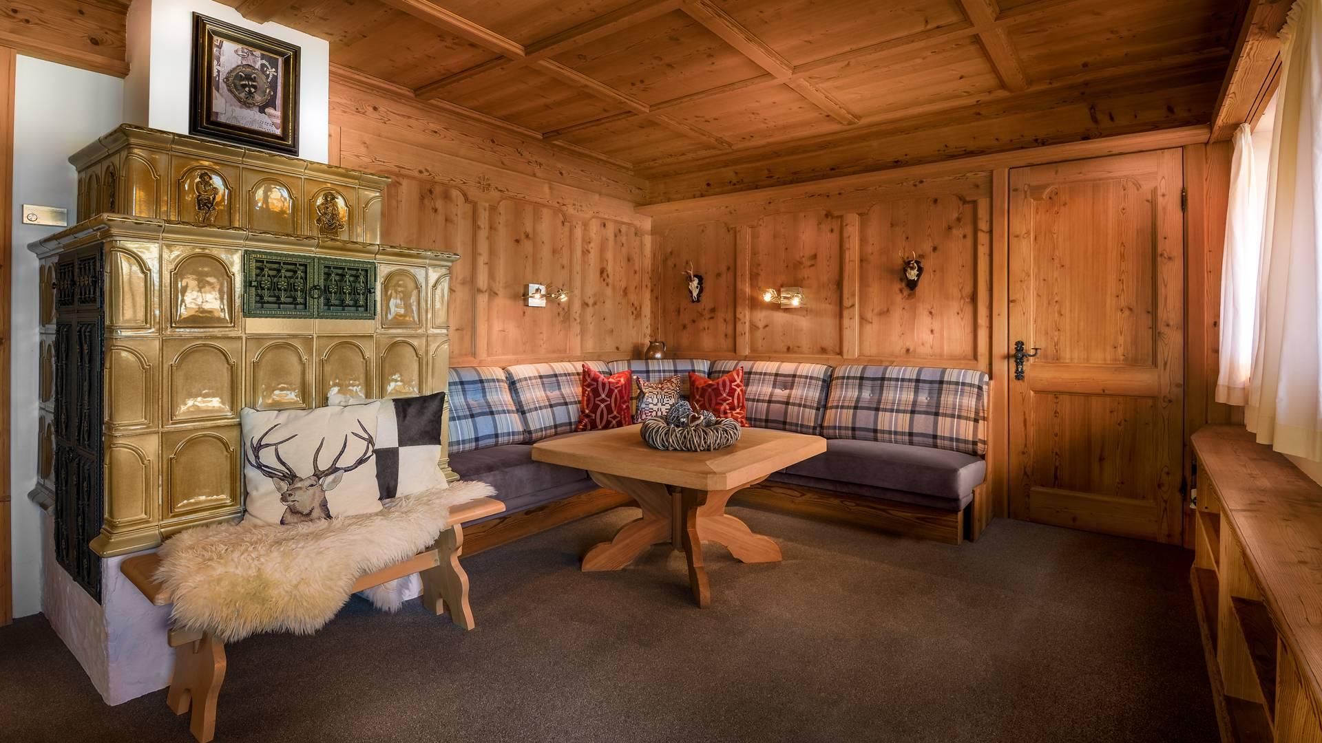 wohnen preise boutique hotel dreim derlhaus weissensee bei neuschwanstein im allg u. Black Bedroom Furniture Sets. Home Design Ideas