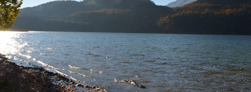 Wandervergnügen im Allgäuer und Tiroler Grenzgebiet rund um Weißensee
